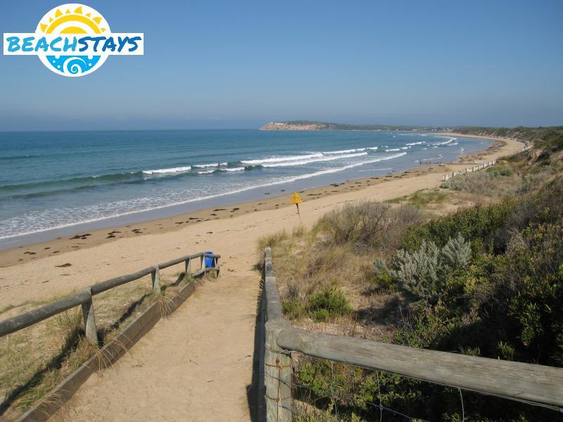 Ocean Grove - Beach Stays: beach and coast accommodation