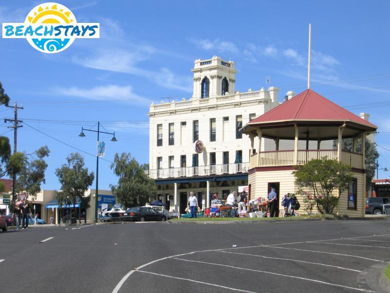 Corinella Australia  City new picture : Portarlington Beach Stays: beach accommodation, Victoria Australia