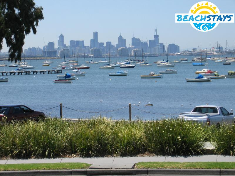 Williamstown Beach Stays Beach And Coast Accommodation