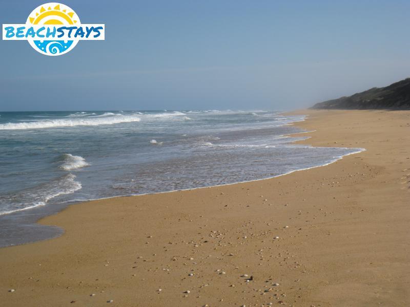 golden beach beach stays beach and coast accommodation victoria australia. Black Bedroom Furniture Sets. Home Design Ideas